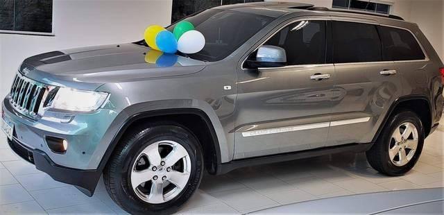 //www.autoline.com.br/carro/jeep/grand-cherokee-30-limited-24v-diesel-4p-automatico-4x4-turbo/2013/chapeco-sc/12380577