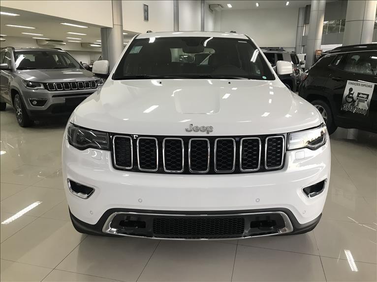 //www.autoline.com.br/carro/jeep/grand-cherokee-30-limited-24v-diesel-4p-automatico-4x4-turbo/2020/rio-de-janeiro-rj/13875513