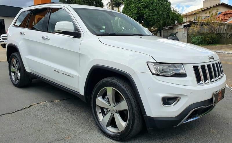 //www.autoline.com.br/carro/jeep/grand-cherokee-30-v6-limited-24v-diesel-4p-4x4-turbo-automat/2015/goiania-go/14681328
