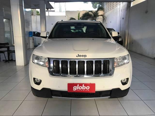 //www.autoline.com.br/carro/jeep/grand-cherokee-36-v6-limited-24v-gasolina-4p-4x4-automatico/2012/recife-pe/14841111