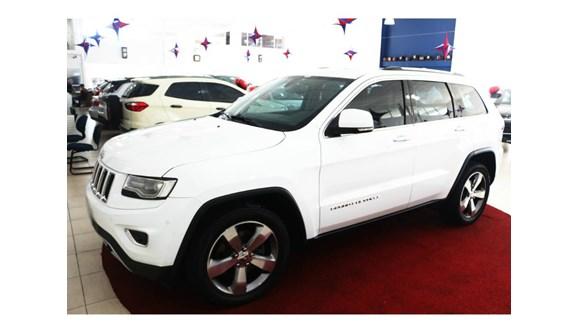 //www.autoline.com.br/carro/jeep/grand-cherokee-30-limited-24v-diesel-4p-automatico-4x4-turbo/2014/brusque-sc/5655244