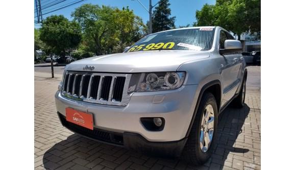 //www.autoline.com.br/carro/jeep/grand-cherokee-36-laredo-24v-gasolina-4p-automatico-4x4/2012/porto-alegre-rs/6864535