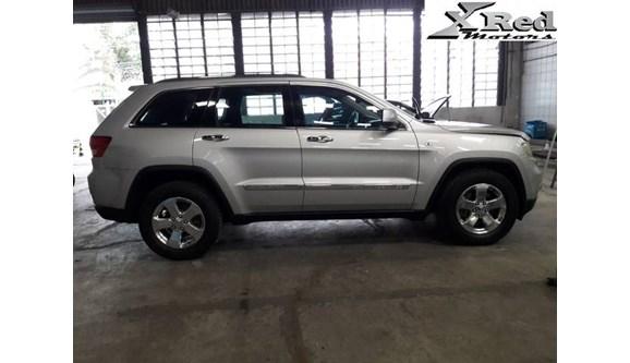 //www.autoline.com.br/carro/jeep/grand-cherokee-30-limited-24v-diesel-4p-automatico-4x4-turbo/2013/sao-paulo-sp/7702121