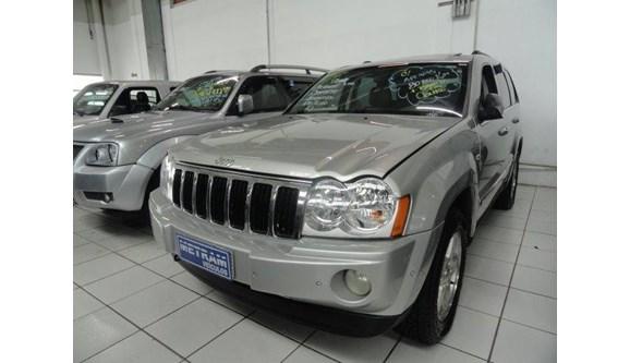 //www.autoline.com.br/carro/jeep/grand-cherokee-47-ltd-16v-gasolina-4p-automatico-4x4/2007/guarulhos-sp/8419149