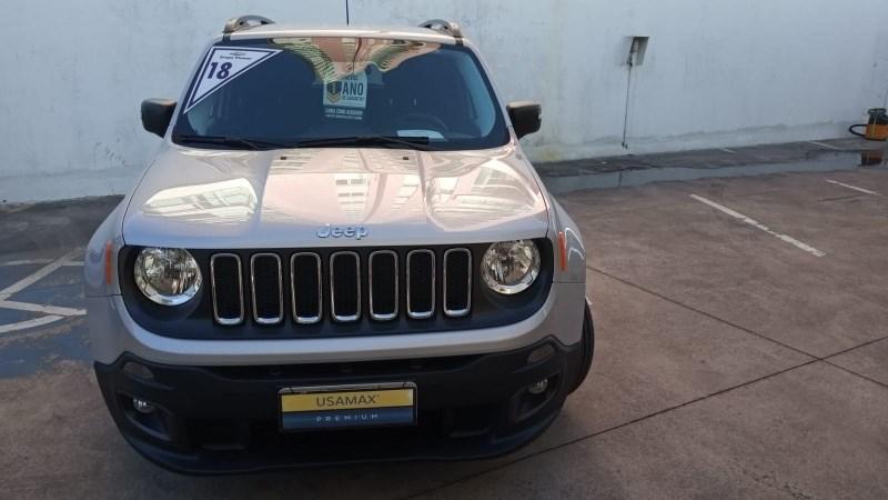 //www.autoline.com.br/carro/jeep/renegade-18-sport-16v-flex-4p-automatico/2018/sao-paulo-sp/14799477