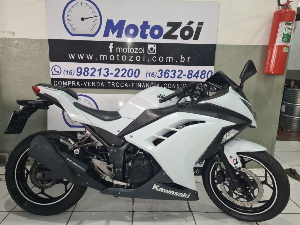 //www.autoline.com.br/moto/kawasaki/ninja-1000abs-gas-mec-basico/2013/ribeirao-preto-sp/14645799