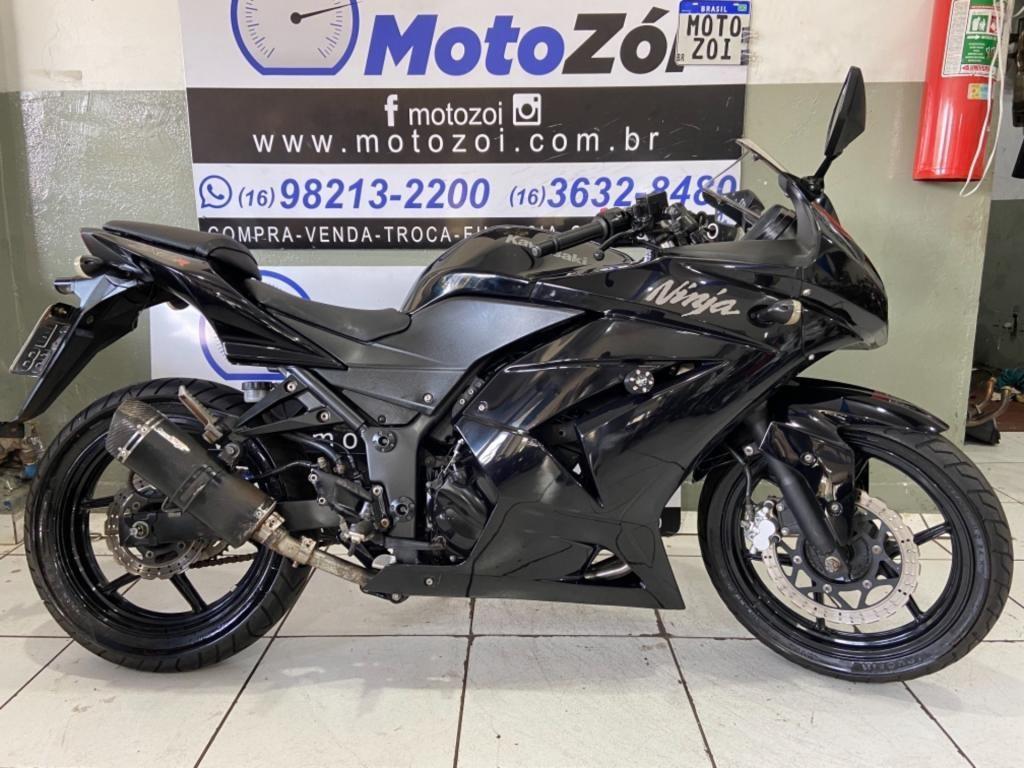 //www.autoline.com.br/moto/kawasaki/ninja-250r-gas-mec-basico/2011/ribeirao-preto-sp/15147936