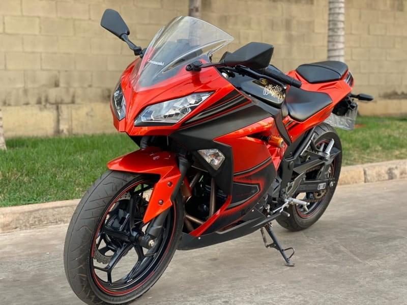//www.autoline.com.br/moto/kawasaki/ninja-300abs-gas-mec-basico/2014/varzea-grande-mt/14939498
