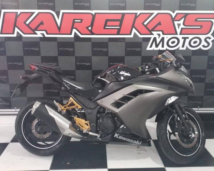 //www.autoline.com.br/moto/kawasaki/ninja-300std-gas-mec-basico/2015/curitiba-pr/13170378