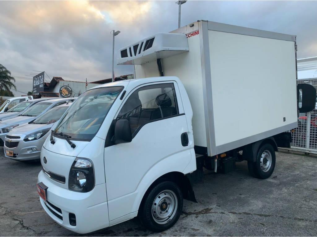 //www.autoline.com.br/carro/kia/bongo-25-std-rs-sem-carroceria-16v-diesel-2p-turbo/2015/florianopolis-sc/14567678