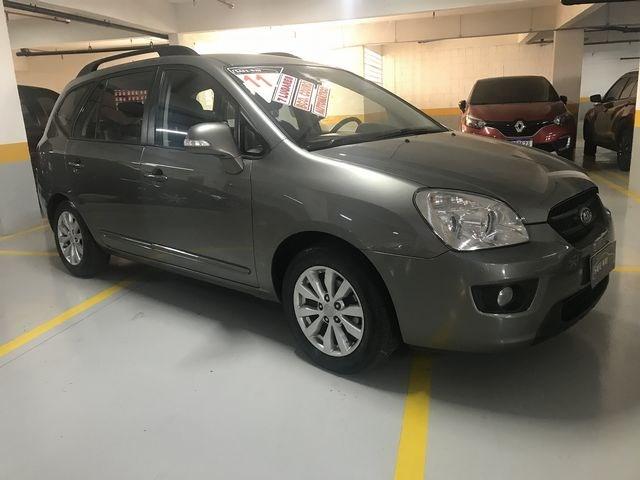 //www.autoline.com.br/carro/kia/carens-20-ex-16v-gasolina-4p-automatico/2011/sao-paulo-sp/15330338