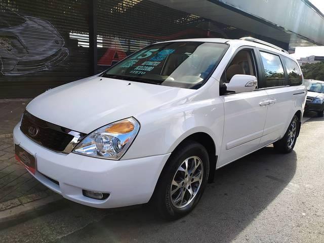 //www.autoline.com.br/carro/kia/carnival-35-v6-ex-24v-gasolina-4p-automatico/2015/santo-andre-sp/14210233