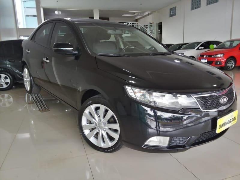 //www.autoline.com.br/carro/kia/cerato-16-sx-16v-sedan-gasolina-4p-manual/2012/tres-passos-rs/12134116