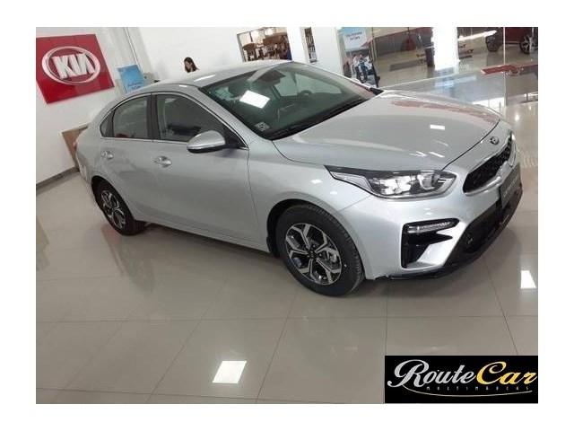 //www.autoline.com.br/carro/kia/cerato-20-ex-16v-sedan-flex-4p-automatico/2020/sao-paulo-sp/13309155