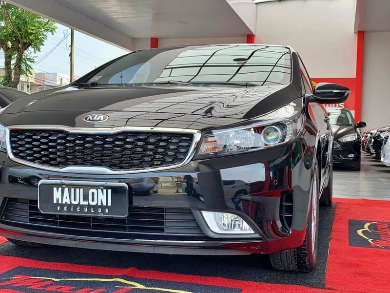 //www.autoline.com.br/carro/kia/cerato-16-sx-16v-sedan-flex-4p-automatico/2018/curitiba-pr/13592818