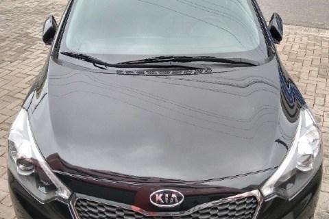 //www.autoline.com.br/carro/kia/cerato-16-sx-16v-sedan-flex-4p-automatico/2015/mogi-das-cruzes-sp/13776306