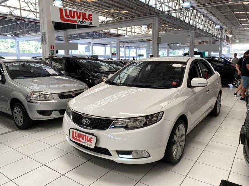 //www.autoline.com.br/carro/kia/cerato-16-sx-16v-sedan-gasolina-4p-automatico/2013/curitiba-pr/13968063