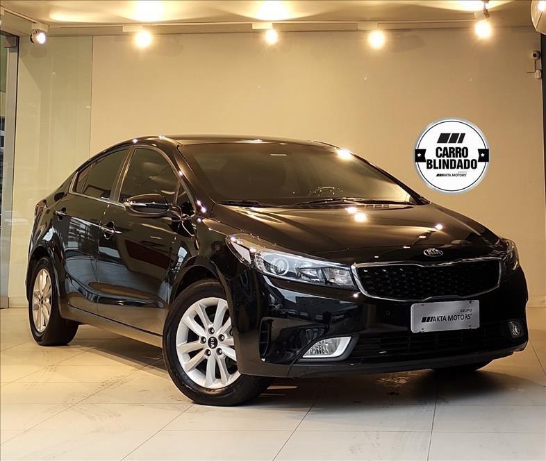 //www.autoline.com.br/carro/kia/cerato-16-sx-16v-flex-4p-automatico/2018/sao-paulo-sp/14150624