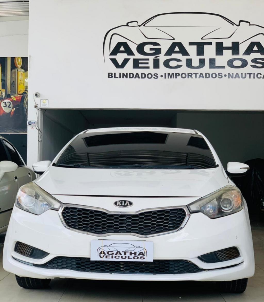 //www.autoline.com.br/carro/kia/cerato-16-sx-flex-16v-t-4p-automatico/2014/recife-pe/14501429