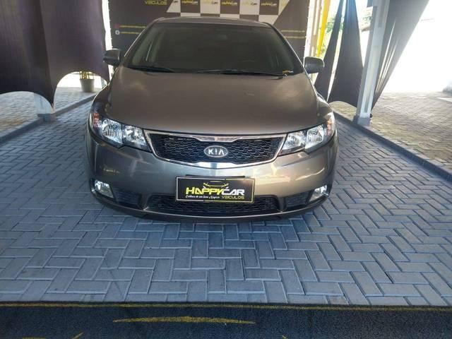 //www.autoline.com.br/carro/kia/cerato-16-ex-16v-gasolina-4p-manual/2013/blumenau-sc/14548623