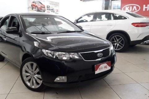 //www.autoline.com.br/carro/kia/cerato-16-sx-16v-gasolina-4p-automatico/2013/governador-valadares-mg/14680342