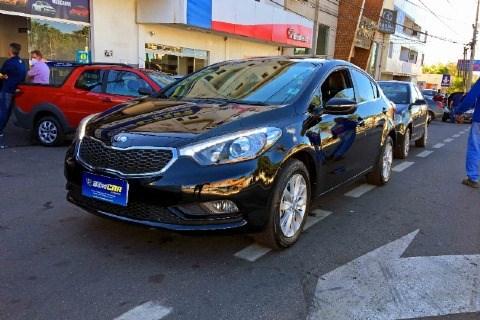 //www.autoline.com.br/carro/kia/cerato-16-sx-flex-16v-t-4p-automatico/2014/anapolis-go/14779731