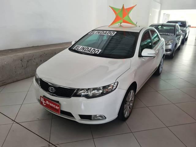 //www.autoline.com.br/carro/kia/cerato-16-sx-16v-gasolina-4p-manual/2012/belem-pa/14820175