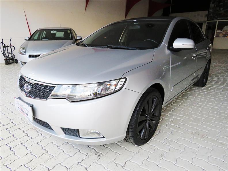 //www.autoline.com.br/carro/kia/cerato-16-sx-16v-gasolina-4p-automatico/2011/campinas-sp/14822768