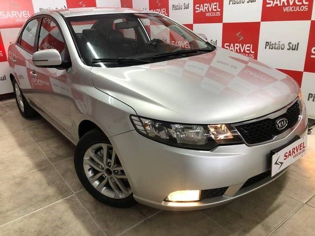//www.autoline.com.br/carro/kia/cerato-16-ex-16v-gasolina-4p-automatico/2012/brasilia-df/15161317