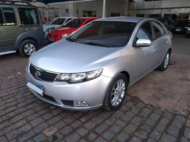 //www.autoline.com.br/carro/kia/cerato-16-sx-16v-gasolina-4p-automatico/2012/brasilia-df/15164909