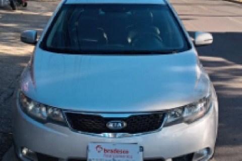 //www.autoline.com.br/carro/kia/cerato-16-ex-16v-gasolina-4p-automatico/2012/betim-mg/15179684