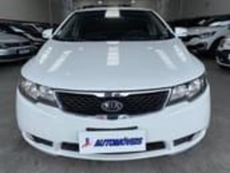 //www.autoline.com.br/carro/kia/cerato-16-ex-16v-gasolina-4p-automatico/2011/curitiba-pr/15184409