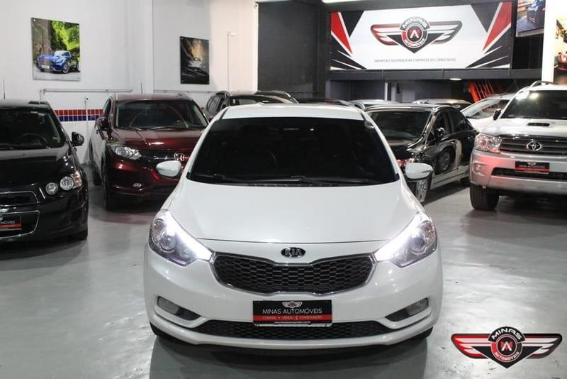 //www.autoline.com.br/carro/kia/cerato-16-sx-16v-flex-4p-automatico/2015/belo-horizonte-mg/15200258