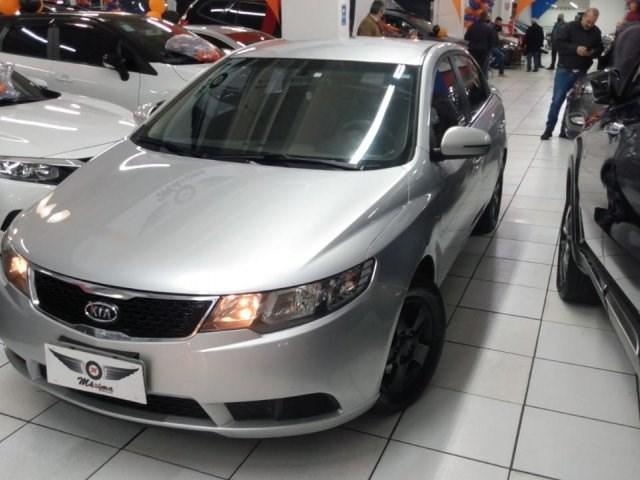 //www.autoline.com.br/carro/kia/cerato-16-sx-16v-gasolina-4p-automatico/2012/osasco-sp/15272534