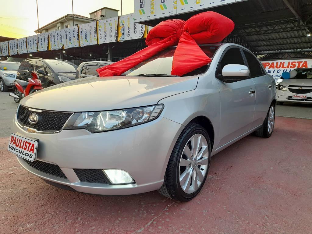 //www.autoline.com.br/carro/kia/cerato-16-sx-16v-gasolina-4p-automatico/2010/jaragua-do-sul-sc/15441809