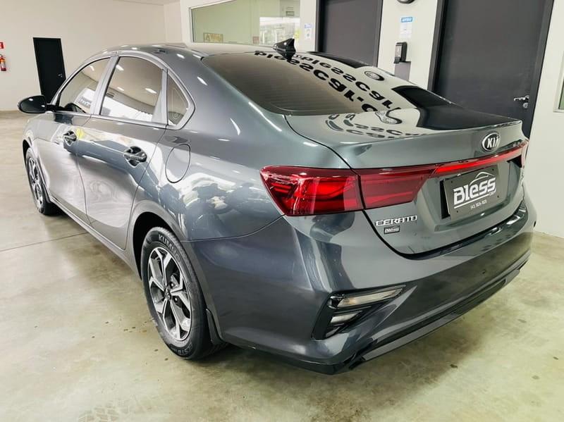 //www.autoline.com.br/carro/kia/cerato-20-ex-16v-flex-4p-automatico/2020/londrina-pr/15832831