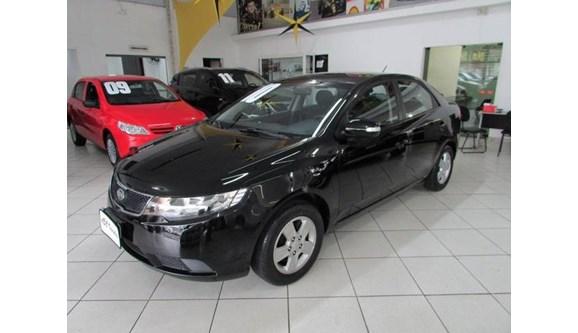 //www.autoline.com.br/carro/kia/cerato-16-sedan-ex-mt-16v-126cv-4p-gasolina-manual/2010/sao-bernardo-do-campo-sp/7694890