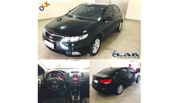 //www.autoline.com.br/carro/kia/cerato-16-ex-16v-sedan-gasolina-4p-automatico/2011/brasilia-df/8139716