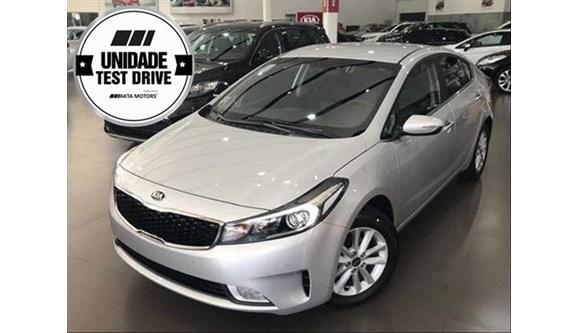 //www.autoline.com.br/carro/kia/cerato-16-sx-16v-sedan-flex-4p-automatico/2019/santos-sp/8401023