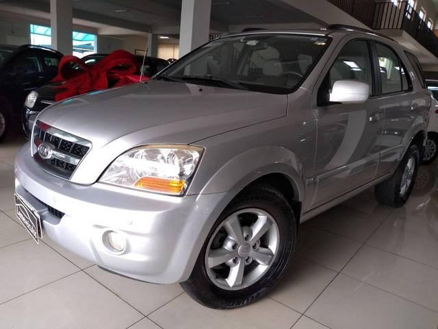 //www.autoline.com.br/carro/kia/sorento-25-ex-16v-diesel-4p-automatico-4x4-turbo/2009/leme-sp/12497638