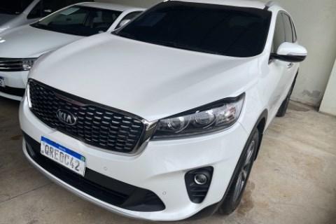 //www.autoline.com.br/carro/kia/sorento-24-ex-16v-gasolina-4p-4x4-automatico/2018/guarapari-es/14555600