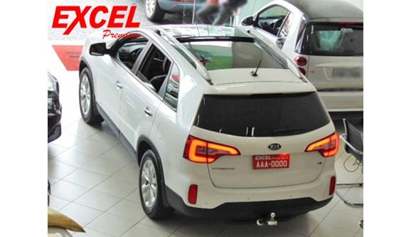 //www.autoline.com.br/carro/kia/sorento-35-ex-24v-gasolina-4p-automatico-4x4/2015/curitiba-pr/7059410