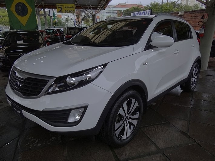//www.autoline.com.br/carro/kia/sportage-20-lx-16v-flex-4p-automatico/2013/porto-alegre-rs/12256876