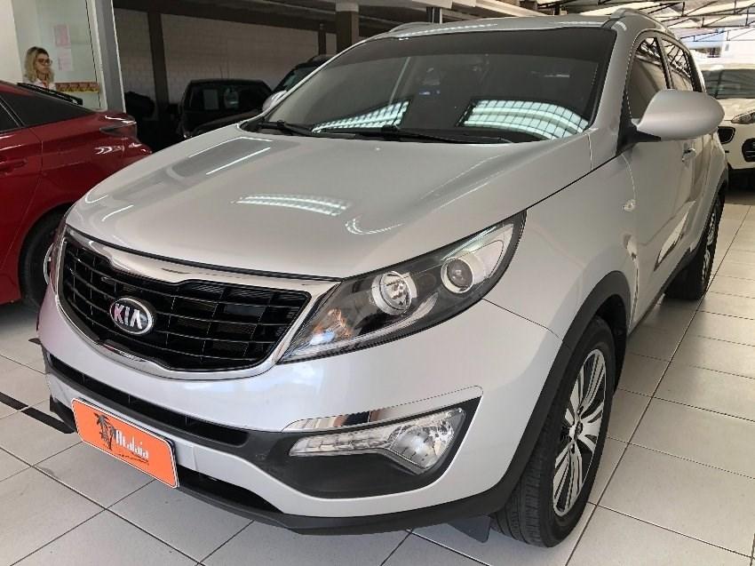 //www.autoline.com.br/carro/kia/sportage-20-lx-16v-flex-4p-automatico/2015/porto-alegre-rs/13396095