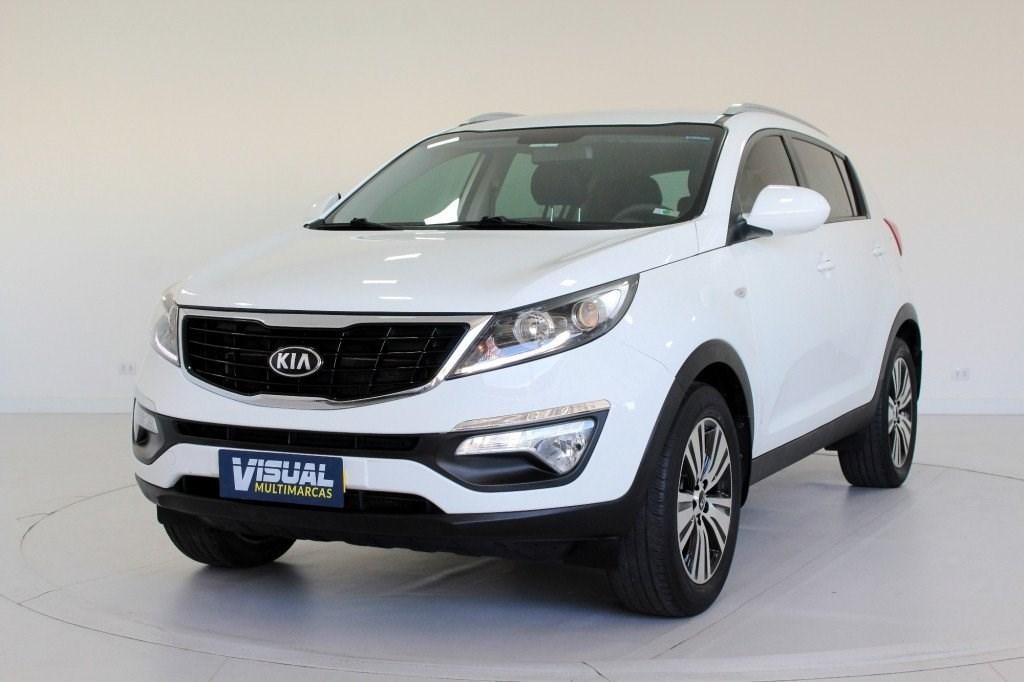 //www.autoline.com.br/carro/kia/sportage-20-lx-16v-flex-4p-automatico/2015/curitiba-pr/15218959