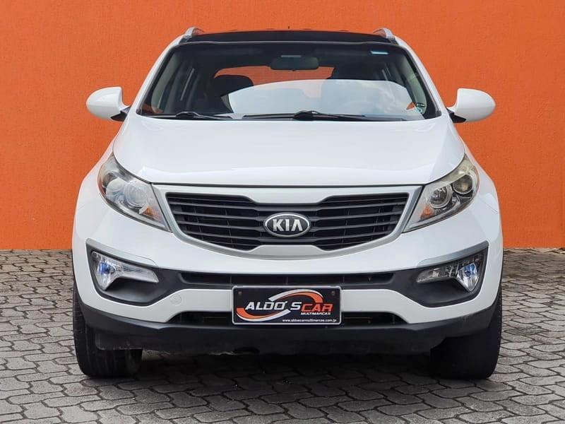//www.autoline.com.br/carro/kia/sportage-20-lx-16v-flex-4p-manual/2014/curitiba-pr/15807307