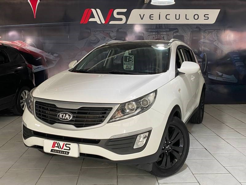 //www.autoline.com.br/carro/kia/sportage-20-lx-16v-flex-4p-4x4-automatico/2013/itajai-sc/15873731