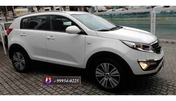 //www.autoline.com.br/carro/kia/sportage-20-lx-16v-flex-4p-automatico/2015/joinville-sc/8259939