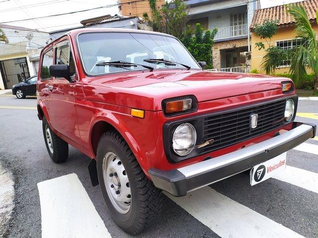 //www.autoline.com.br/carro/lada/niva-16-rc-pantanal-4x4/1991/sao-paulo-sp/13024608