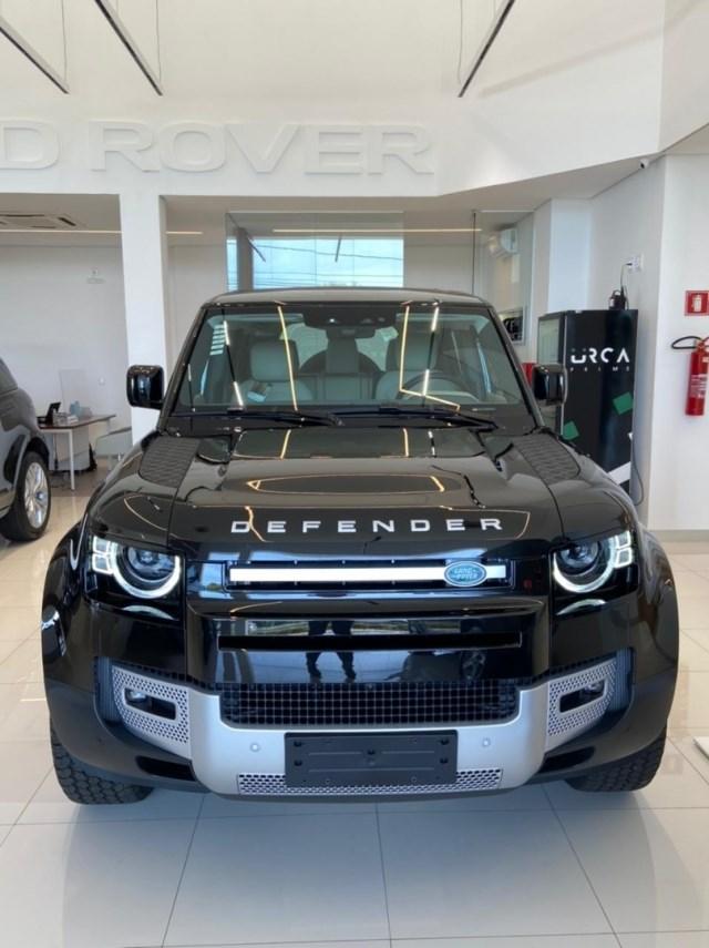 //www.autoline.com.br/carro/land-rover/defender-20-hse-110-16v-gasolina-4p-4x4-turbo-automati/2022/uberlandia-mg/15223969